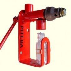 Шнековый ручной маслопресс Piteba
