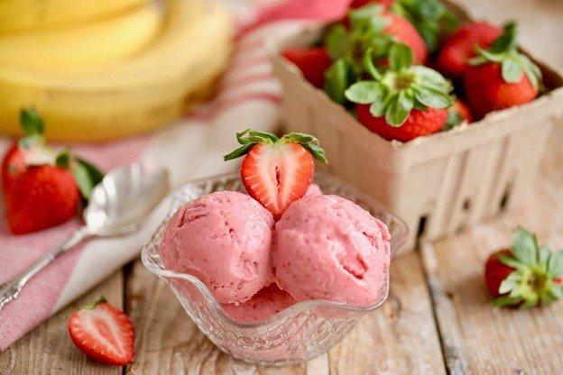 Йогуртовое мороженое в мороженице